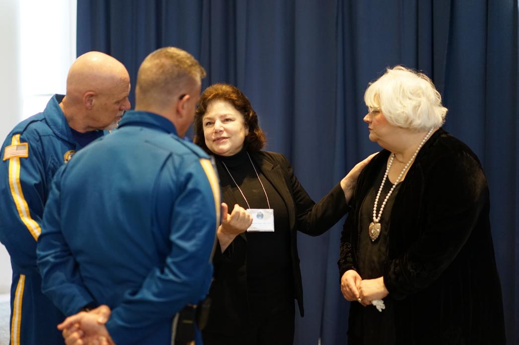Lena Napolitano,MD, FACS, FCCP, FCCM, introduces Brenda Massey, President of the Massey Foundation,to the Survival Flight crew.