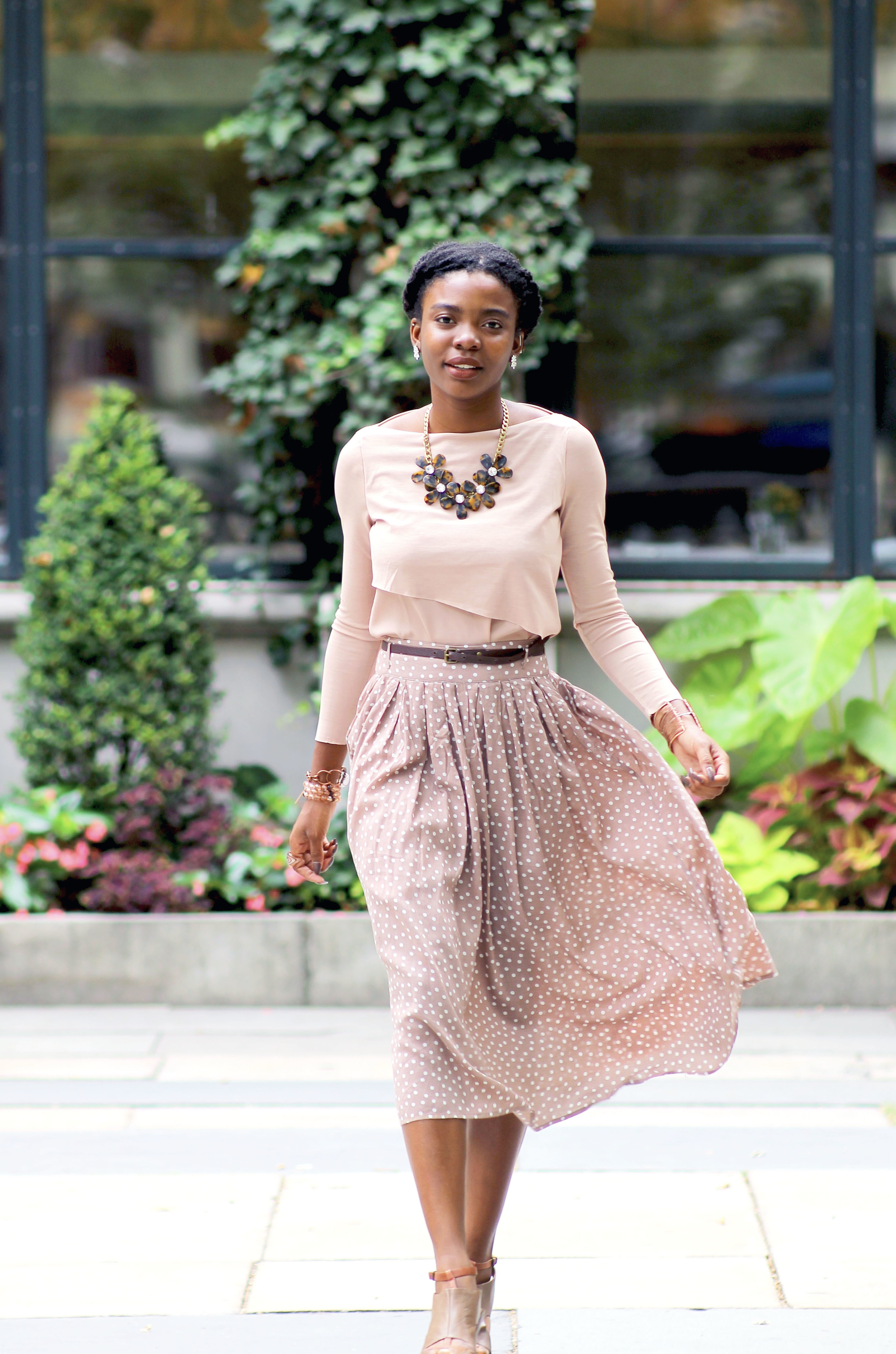 Shirt: Zara; Skirt: Forever 21; Shoes: Nine West; Bag: Coach; Earrings: Forever 21; Necklace: J. Crew