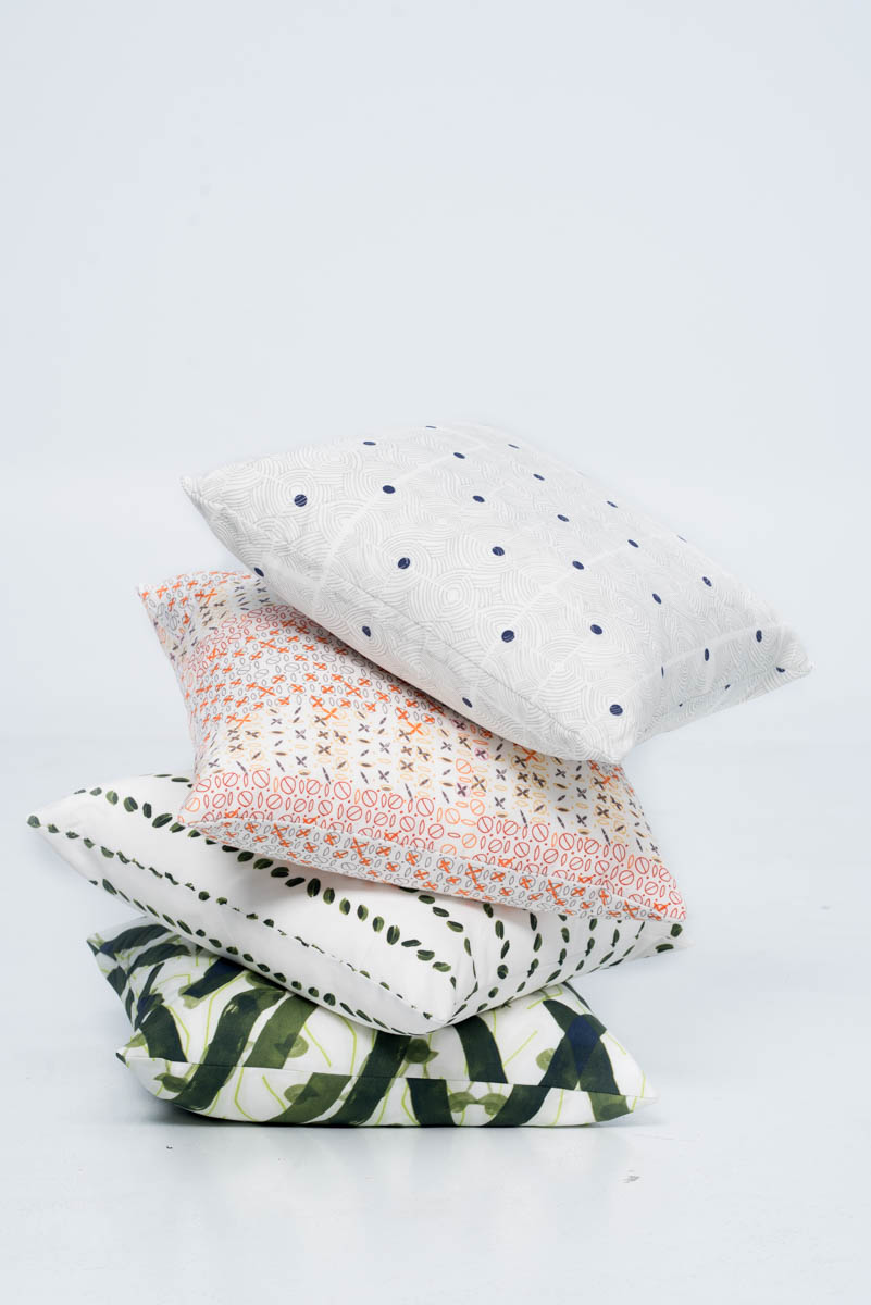 "....CUSHIONS ..Coussins.... - ....Linen Cotton, handmade in Montreal with a hidden zipper. Available in four sizes 12""x16'"", 18""x18"" and 20""x20"", 24""x24"". ..Lin-coton, fait à la main avec glissière invisible. Disponible en quatre grandeurs - 12""x16'"", 18""x18"" and 20""x20"", 24""x24"". ...."