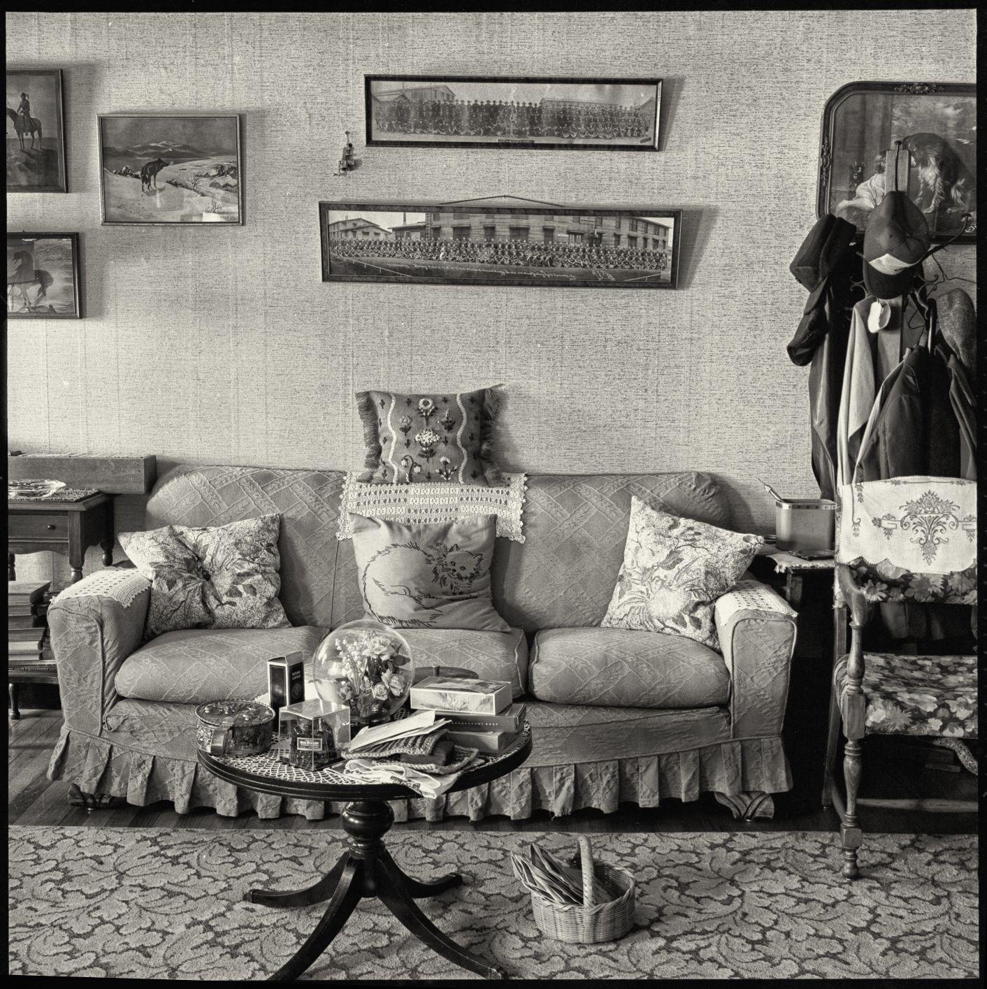 Schwab's Living Room (1 of 1).jpg