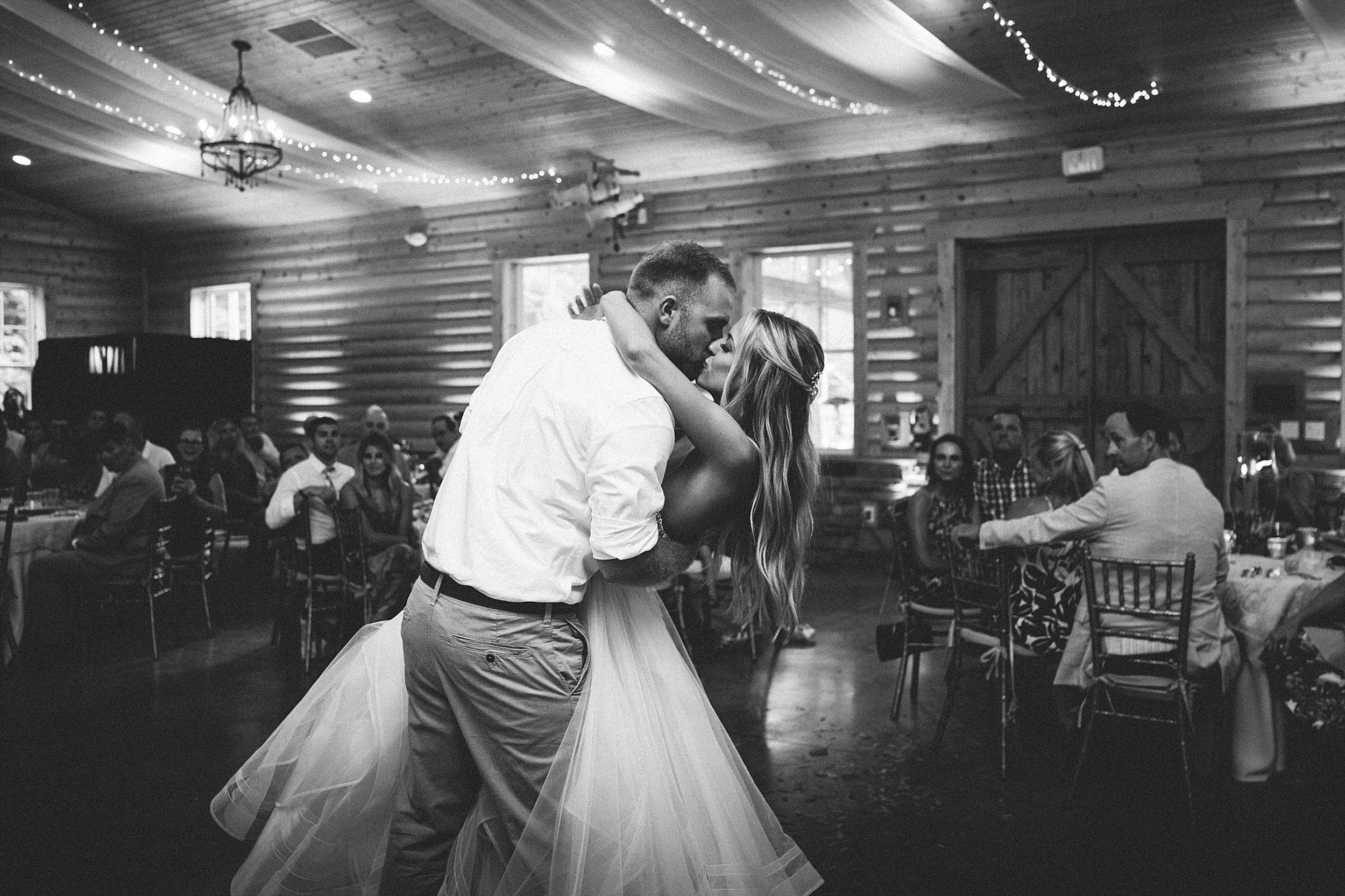 Brooke Townsend Photography - Cincinnati Wedding Photographer (133 of 153).jpg
