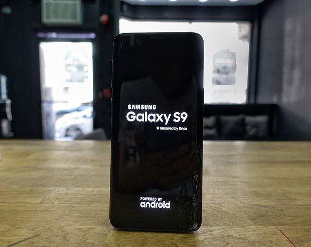 SAMSUNG GALAXY S9 GLASS REPAIR $149  Samsung galaxy edge glass repair  Galaxy s7 edge $99 Galaxy s8 $109 Galaxy s8 plus $129 Galaxy s9 $149 Galaxy s9 plus $159 Galaxy note 8 $139  3234191971 210 w 8th st la ca 90014 Monday - saturday  10am - 6pm  Send us a message if you have any questions about a phone repair. . . . . . . . . . . #samsungrepair #samsungrepairs #phonerepair #phonerepairs #samsung #galaxys7edge #galaxys8 #galaxys8plus #galaxys9 #galaxys9plus #happeningdtla #dtla #downtownla #downtownlosangeles #laevents #brokenphone #losangeles ##cellphonerepair #iphonerepair #glassrepair #repair #ifixit #screenrepair #iphonerepair #screenrepair #crackediphone #crackedscreen #phoneshop #thecellphonespot #cellphone #samsung