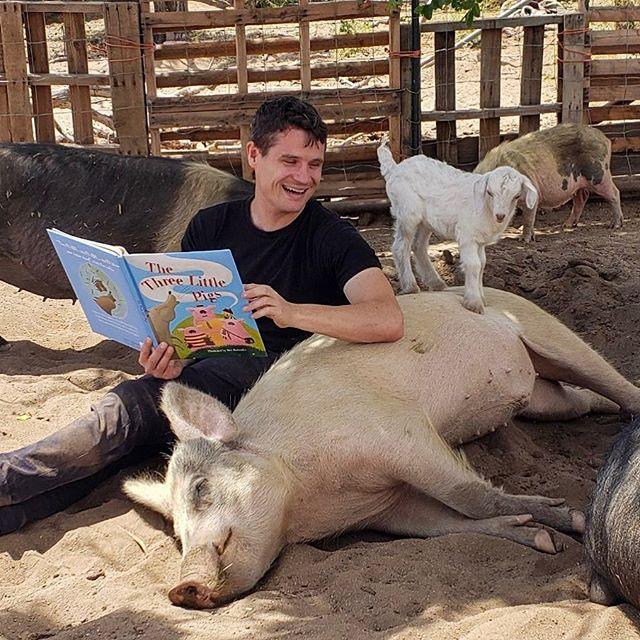 Story time at @steampunkfarms circa 2019. Did you know that pigs are one of the most intelligent creatures on earth? They also form very complex social relationships just like people! Come help some pigs this Saturday. We are carpooling down to Steam Punk farms to help build some infrastructure for the animals. It's gonna be a fun day and a lot of good is going to come of it. You can leave early with the main group from LA or carpool with me from Long Beach around 9 am. I will pack us PB and J sandwiches for lunch! 📸 @capperkayla . . . . #veganpilot  #veganflightattendant #vegetarian #veganfit  #veganism #veganfood #veganlife #veganmeal #veganmealprep #veganbodybuilding  #vegantravel  #veganprotein #whatveganseat #whatvegetarianseat  #healthyvegan #vegantraveler #vegetarianpilot #vegetarianflightattendant #veganfoodporn #vegantravels #vegan #steampunkfarms #rescuepigs #animalsanctuary #sandiego #socalanimalsanctuary #babygoats