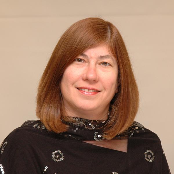 Dra. Leslie Spotz (EUA)