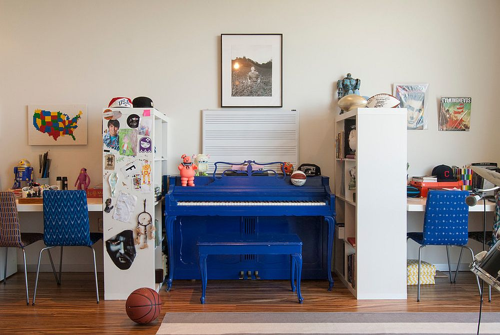 Multiple-work-stations-and-music-area-in-the-kids-room.jpg