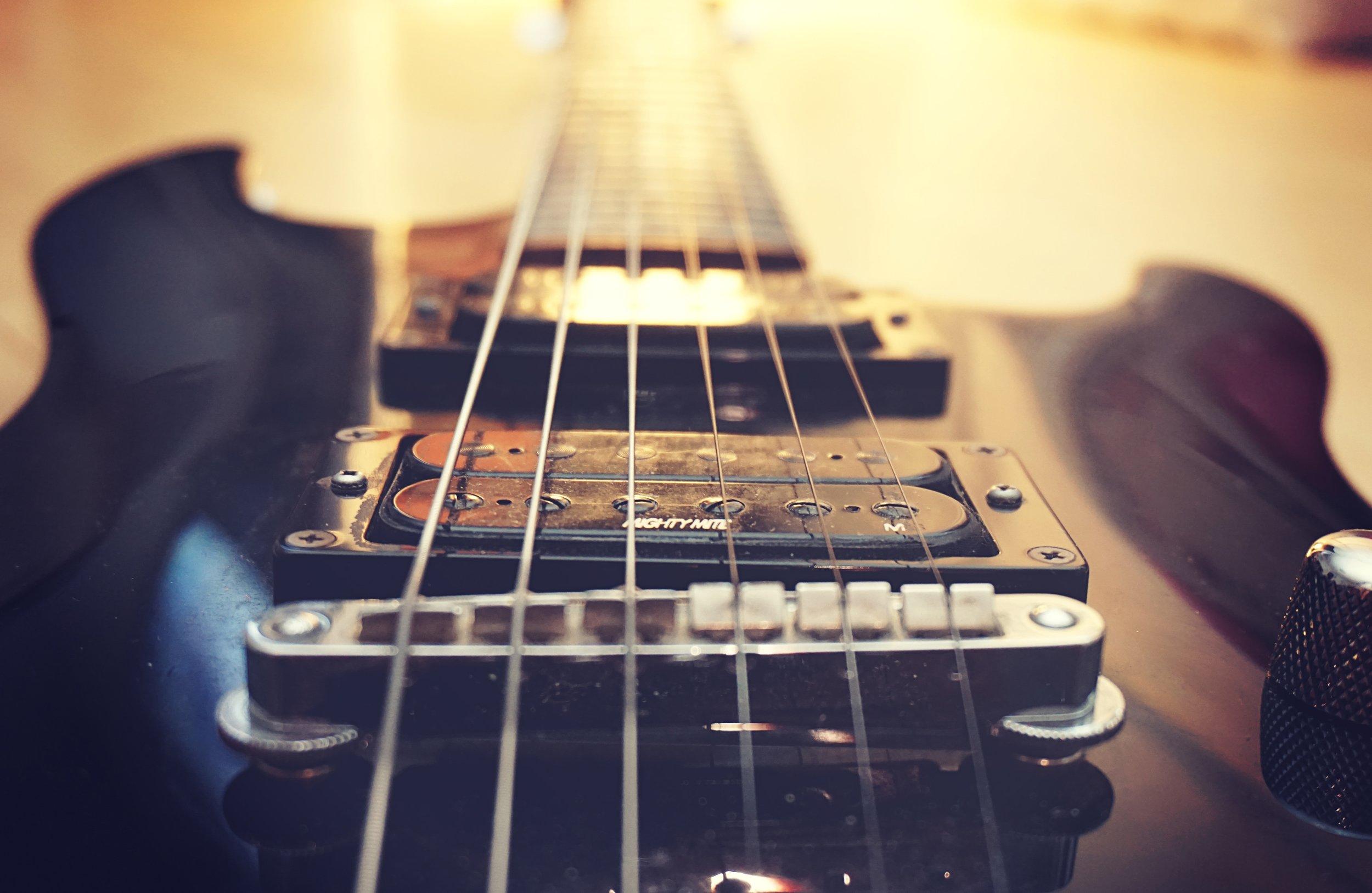 acoustic-band-bass-258288.jpg