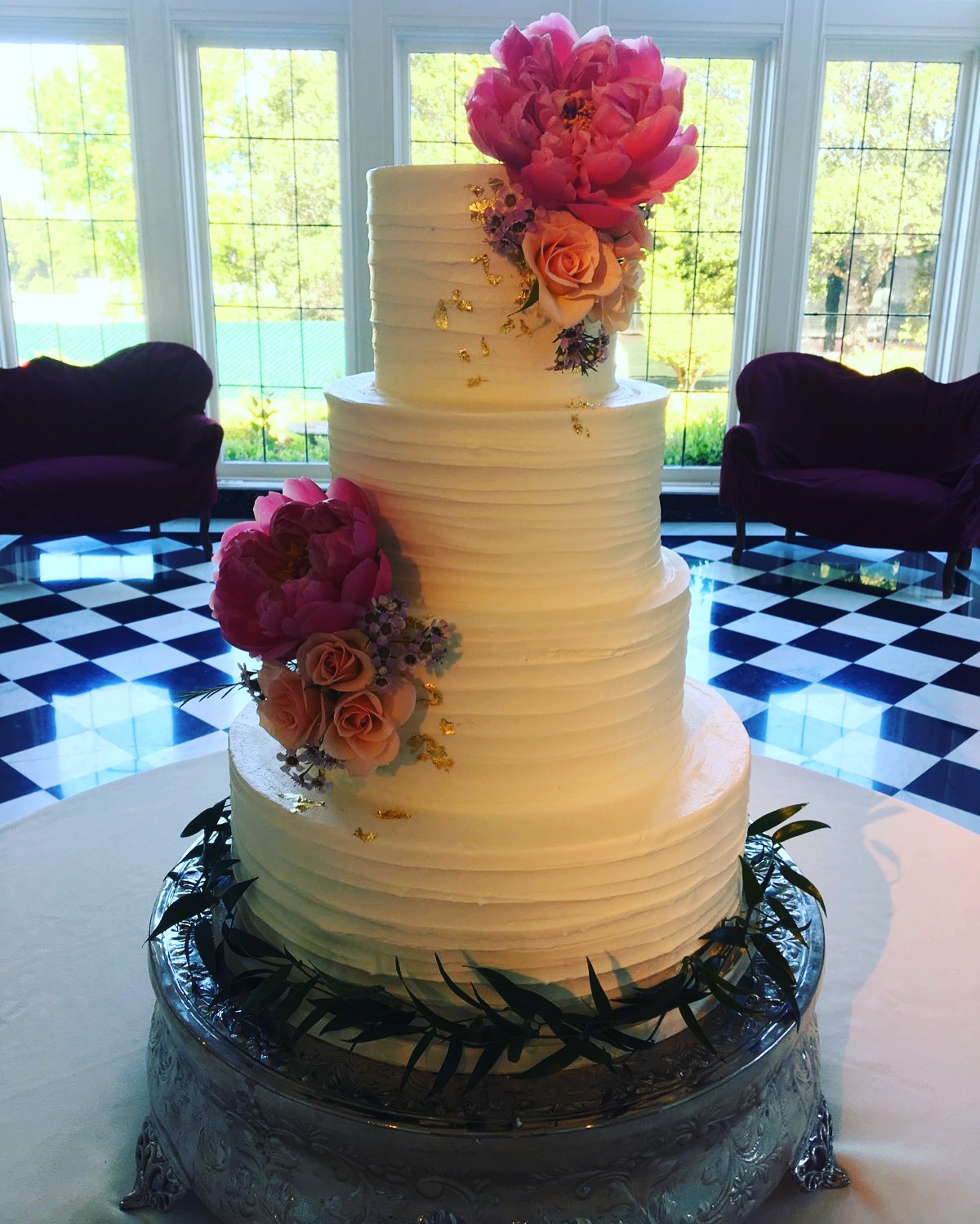 textured buttercream and gold leaf.JPG