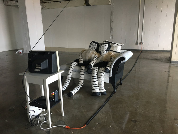 Install from group show with Re:ArtShow