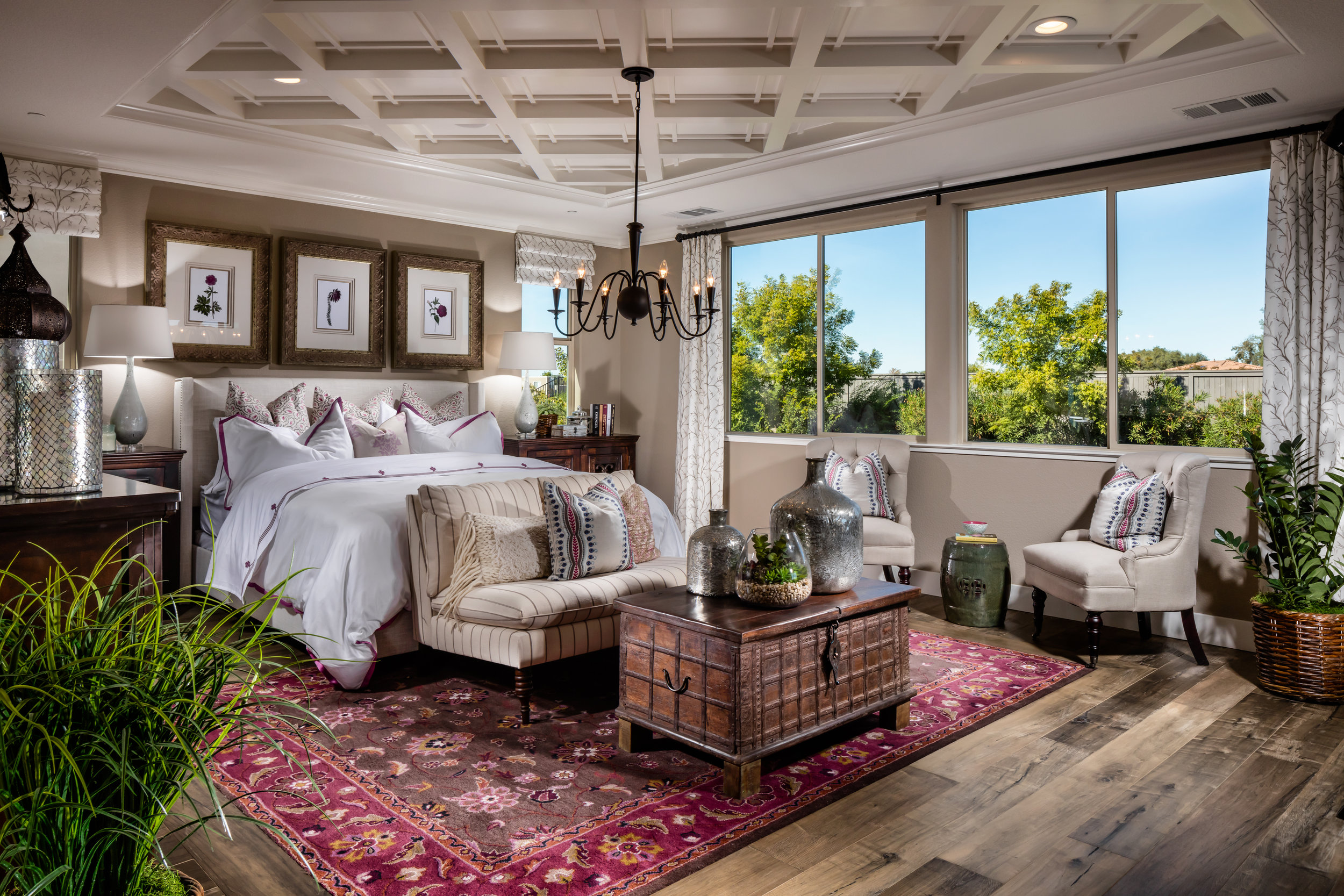 Pinnacle-Arzono Chateau_Master Bedroom.jpg