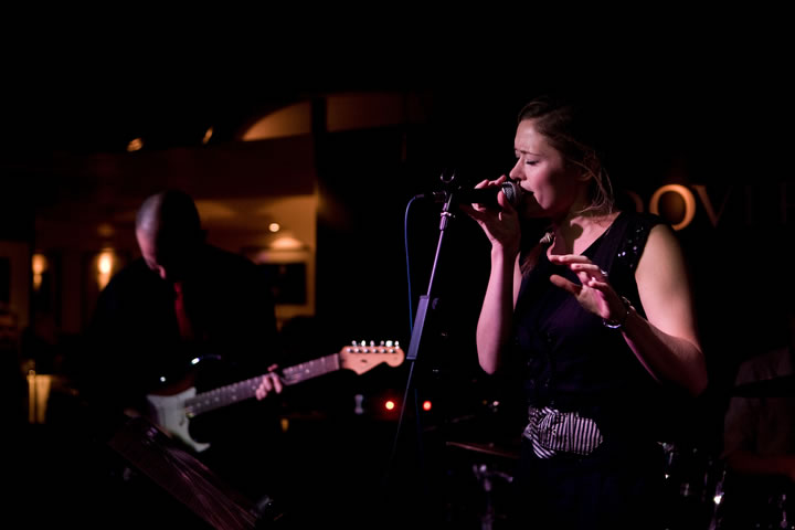 Professional Wedding Singers In Melbourne