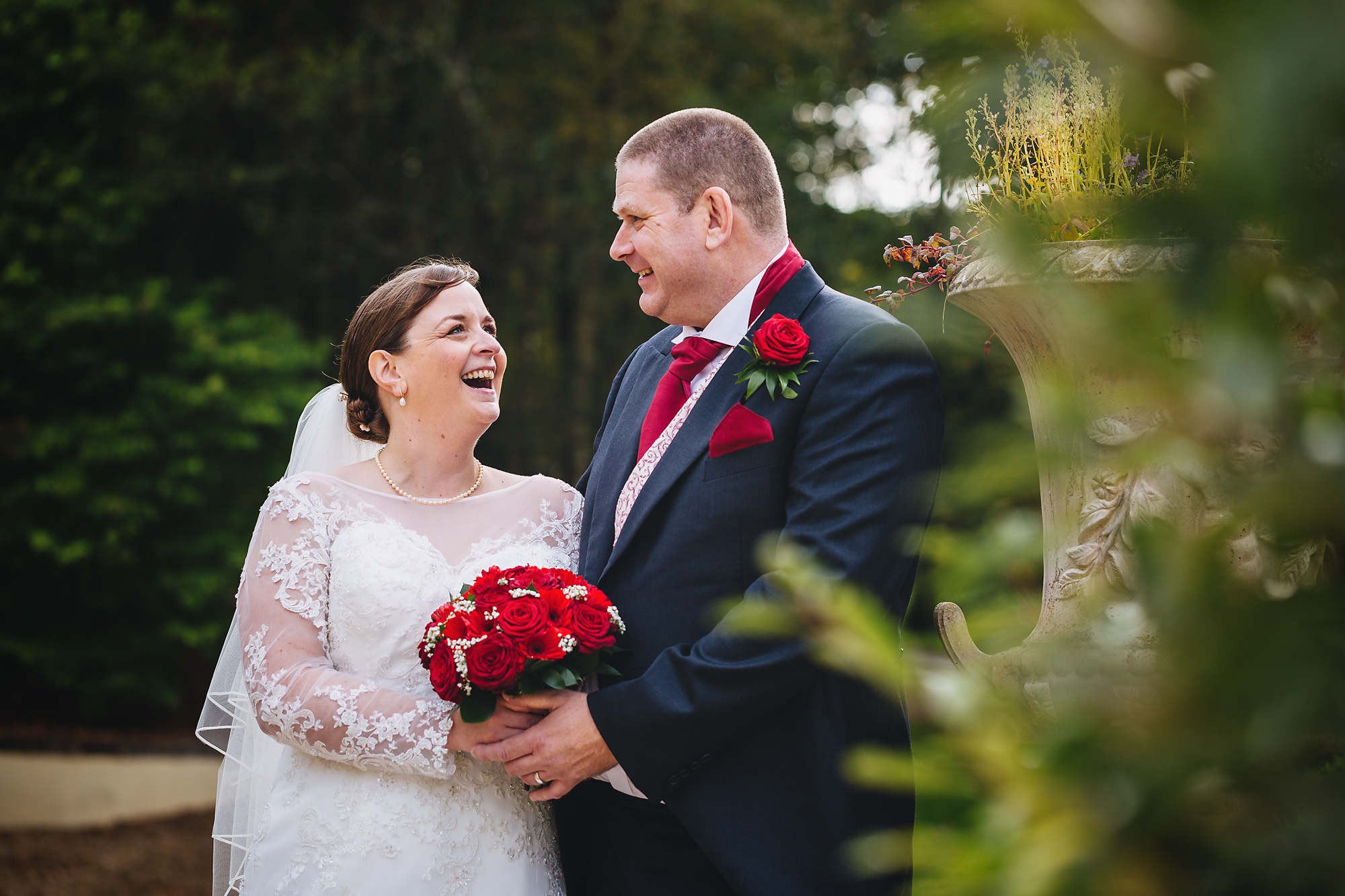 Wedding photos at the Vale Resort, Vale of Glamorgan, Cardiff. Wedding photographer