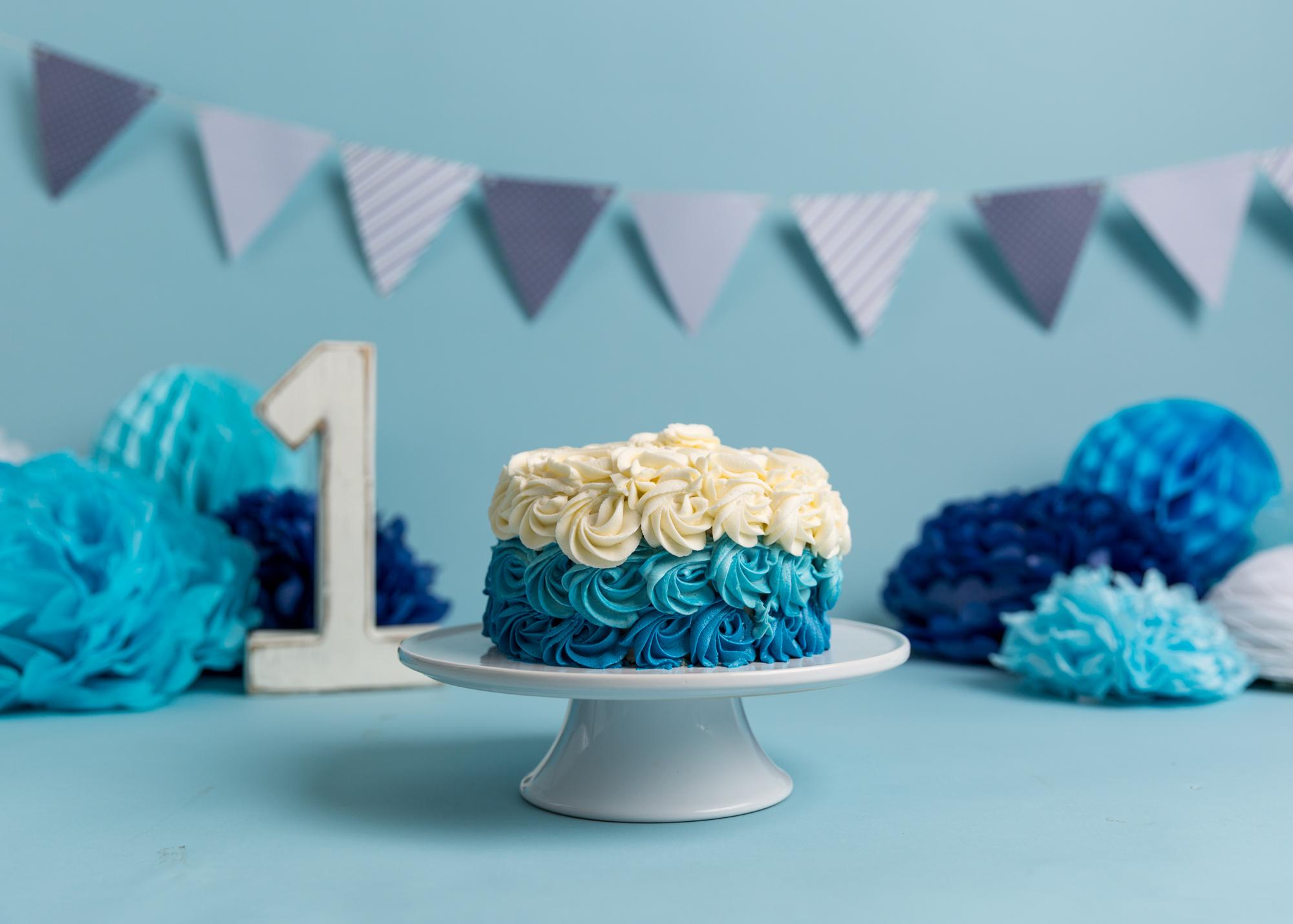 Blue Cake Smash Cardiff