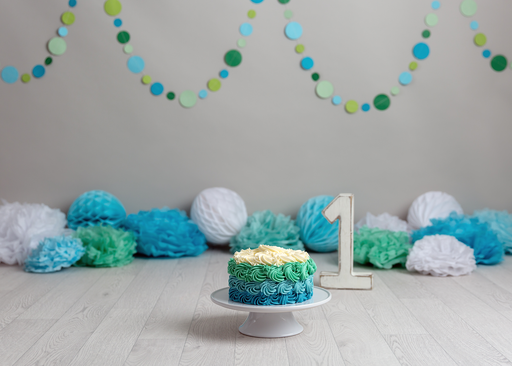 pale green, blue and white Cake Smash Cardiff