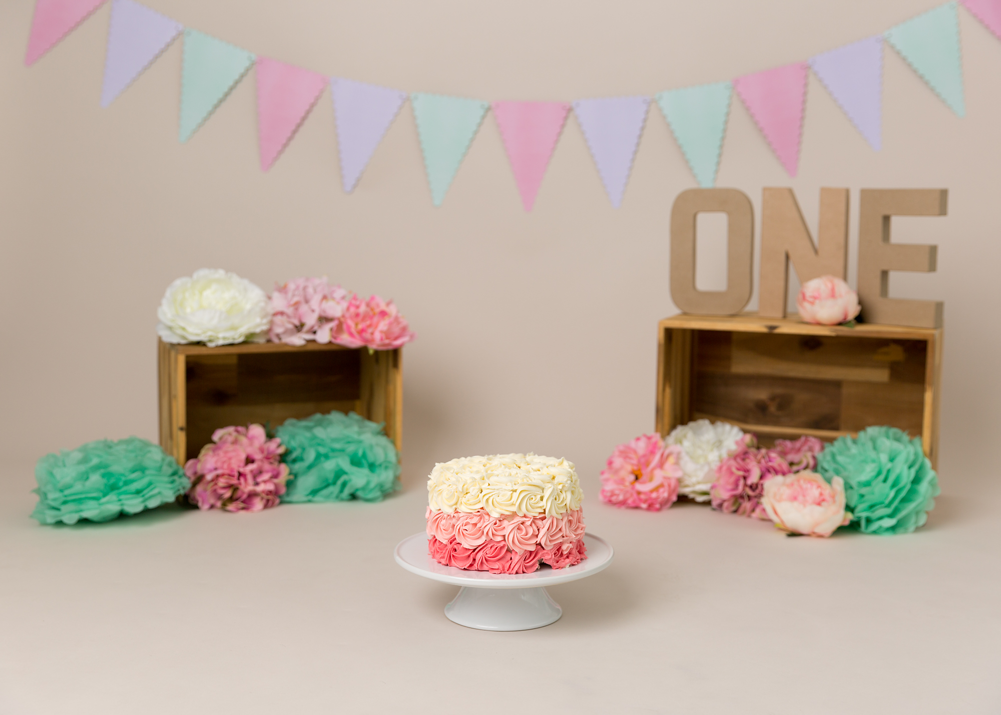 pink and aqua cake Smash Cardiff