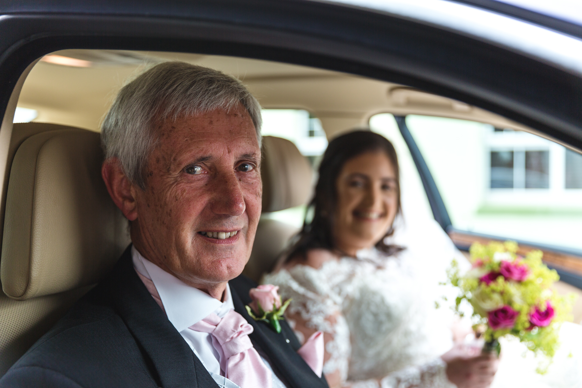 South Wales wedding photographer covering Caerphilly, Cardiff and surrounding areas