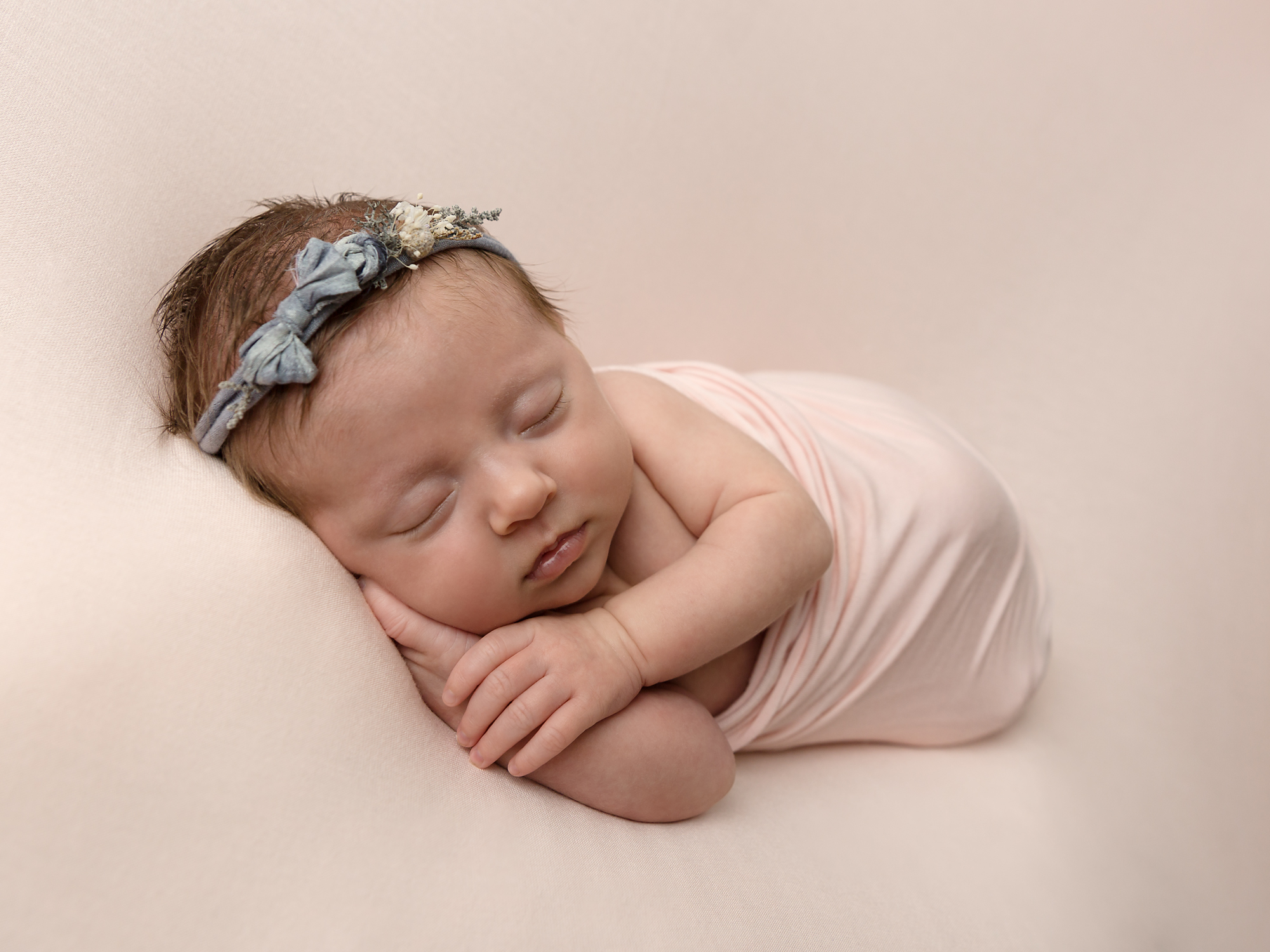 baby and newborn photographer in caerphilly, cardiff, south wales