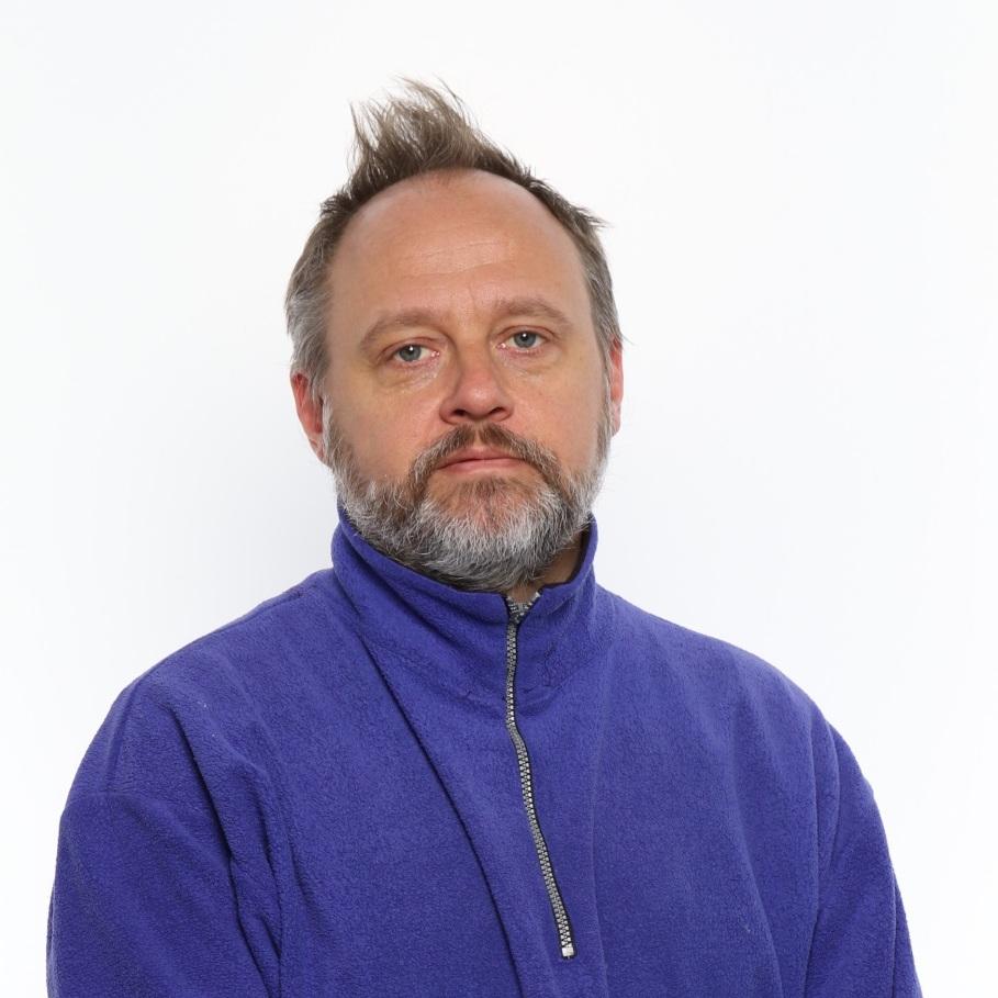 MAX RYYNÄNEN  numerolla 406 Visuaalisen kulttuurin teorian yliopistolehtori, Filosofian tohtori, 46 v.