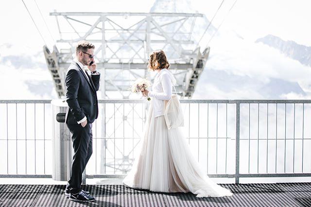 getting to your wedding by 🚡? only happens in zermatt!