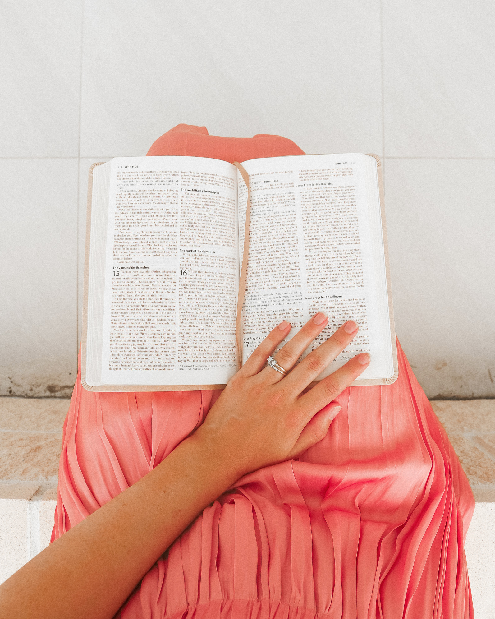 6 tips to a consistent Bible study (that you love!)