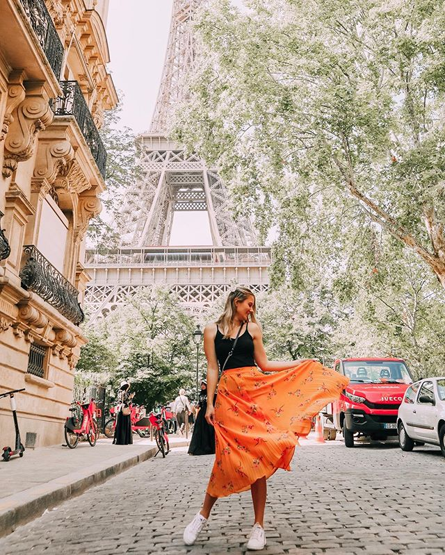 I think I might just stay here... 🇫🇷 ⠀⠀⠀⠀⠀⠀⠀⠀⠀⠀⠀⠀⠀⁠⠀ This is my second time to Paris & it has been the best ever. Being in summer makes a huge difference (last time I went in winter). The weather is just lovely, and we've spent a lot of time just wandering the streets instead of doing all of the touristy things. 😊 ⠀⠀⠀⠀⠀⠀⠀⠀⠀⠀⠀⠀⠀⁠⠀ Today, we walked down the street where Julia Childs (American French chef) used to buy her food every day. We bought the most beautiful cheese & had a picnic in the Luxembourg gardens. ♥️ ⠀⠀⠀⠀⠀⠀⠀⠀⠀⠀⠀⠀⠀⁠⠀ Tonight, we just wandered down our street in Marais and found a cute little taco restaurant filled with locals. (Random, I know... but it was good to eat something different 😂) ⠀⠀⠀⠀⠀⠀⠀⠀⠀⠀⠀⠀⠀⁠⠀ I feel so happy to be able to travel and experience the world. There's so much to explore and wonderful cultures and people to appreciate. 🙌🏼 ⠀⠀⠀⠀⠀⠀⠀⠀⠀⠀⠀⠀⠀⁠⠀ I think Paris is one of my most favourite places in the world. What's yours? 👇🏼