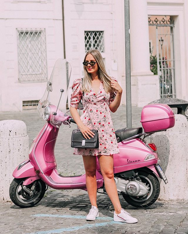 This is what dreams are made of! 🎶 ⠀⠀⠀⠀⠀⠀⠀⠀⠀⠀⠀⠀⠀⁠⠀ Just living out my best Lizzie McGuire life in Rome. 😂 ⠀⠀⠀⠀⠀⠀⠀⠀⠀⠀⠀⠀⠀⁠⠀ I was obsessed with the show and the movie when I was younger. Anyone else watch it? 🙌🏼 ⠀⠀⠀⠀⠀⠀⠀⠀⠀⠀⠀⠀⠀⁠⠀ Also, I need this pink Vespa in my life. It matches my wardrobe. 🙈 💕