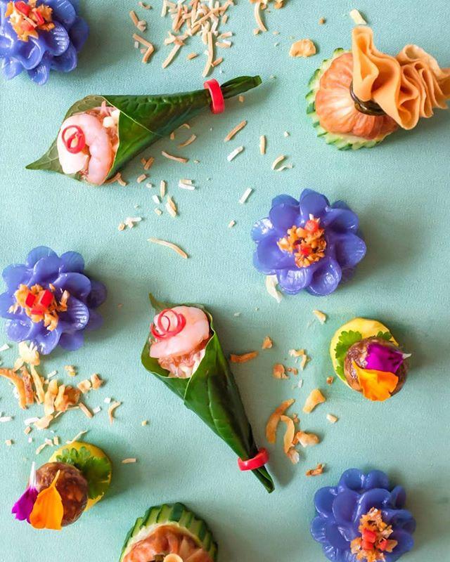 KIIN = Food that makes you happy! 🌺🎊🌺🎉 . . . . . #kiintoronto #dumplingsfordays #happyfood #dowhatyoulovetodo #raptorswin #raptorsquad #torontosbest #toreats #blogto #tastethesix #yyzeats #tooprettytoeat #dumplinglove #dumplings #torontofood #torontolifestyle #torontolife #pursuepretty #enjoyfood #positivepost #lovetoronto