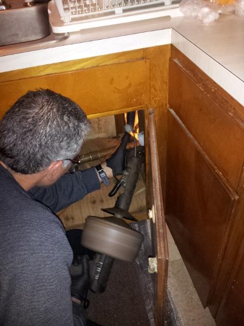 kitchen_sink_drain_cleaning_drain_medic.jpg