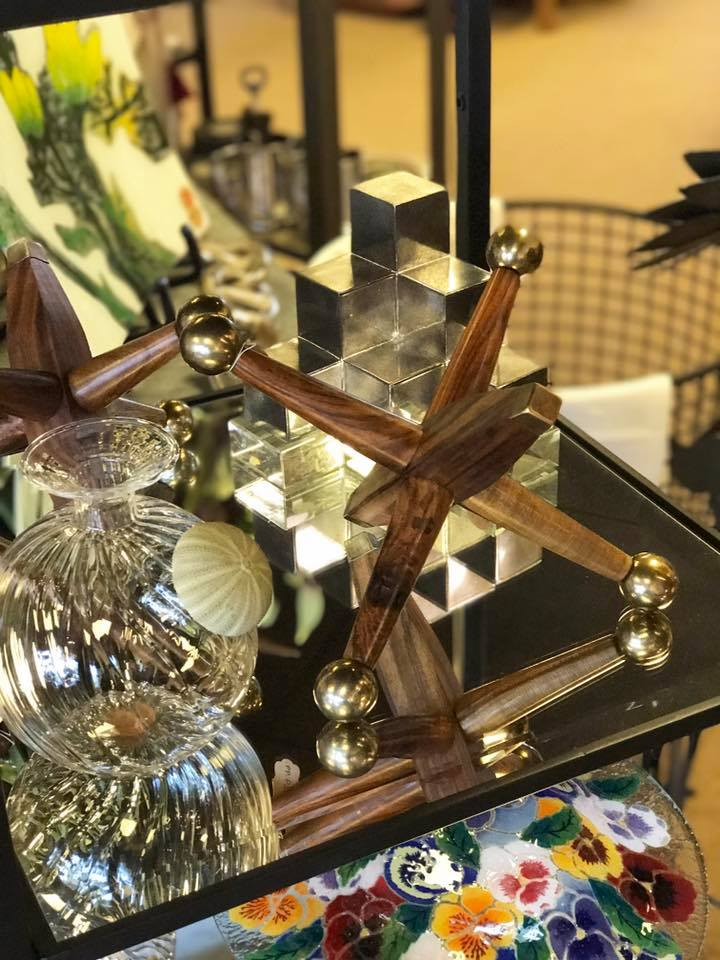 Distinctive Decorative Accessories