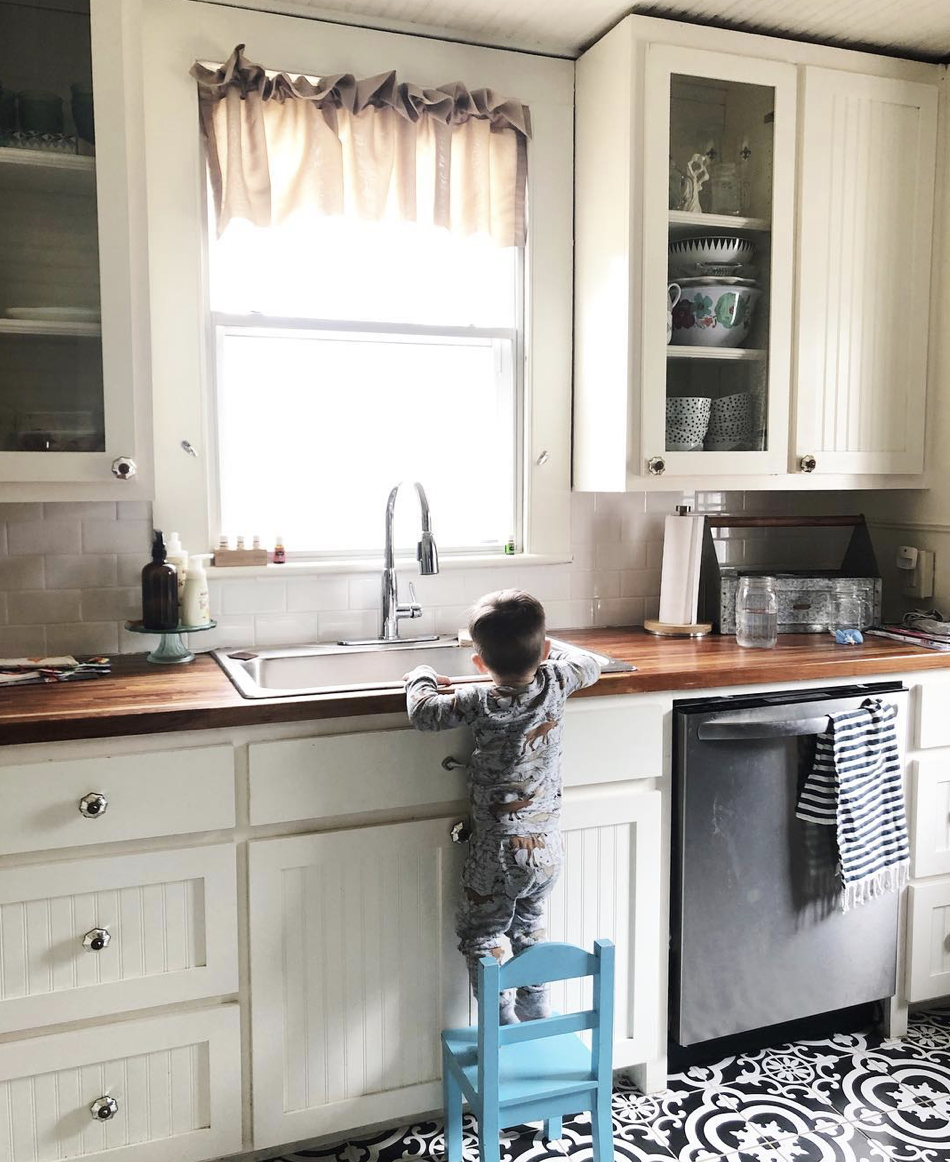 Farmhouse Kitchen, The Mushy Mommy