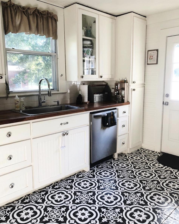 Floors: Lowe's // Cabinet Knobs: Amazon