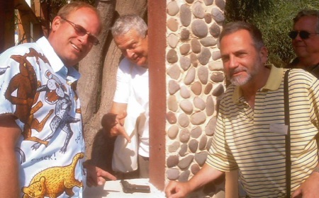 Williams, Baenninger, Donnerstein, & Johnson discover 'gun' at ISRA in Santorini in 2004