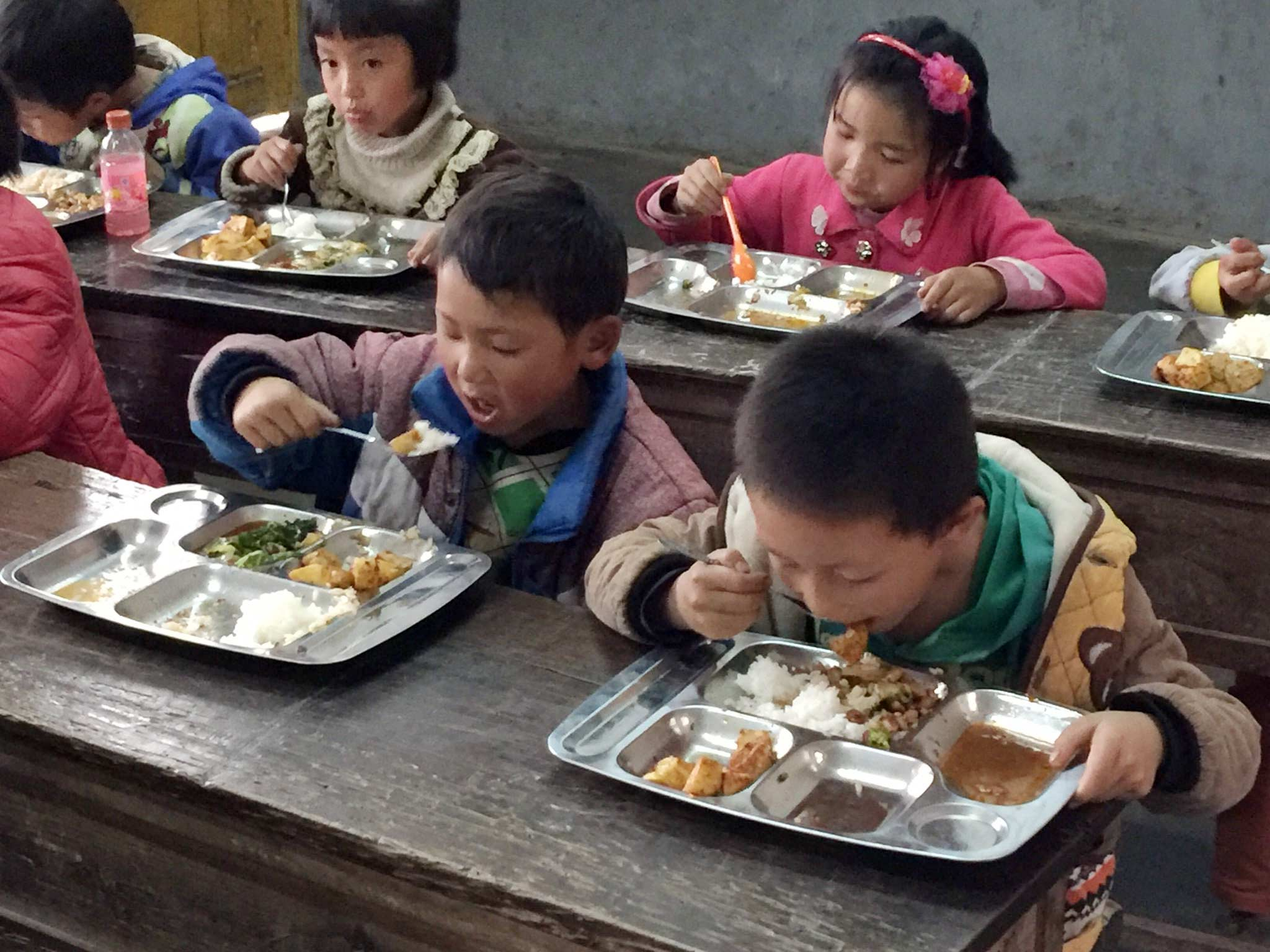 Shuang-He-Cafeteria-1.jpg