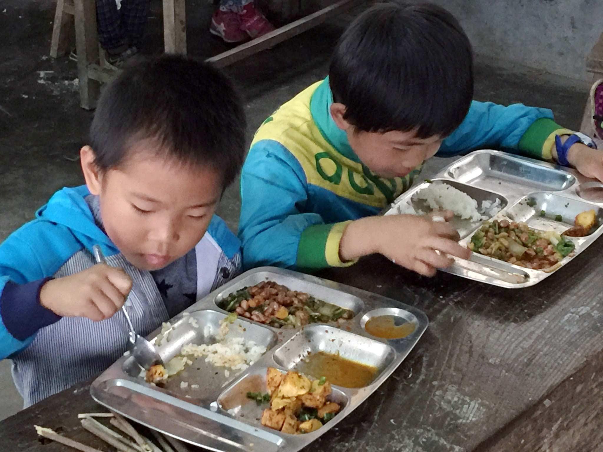 Shuang-He-Cafeteria-2.jpg