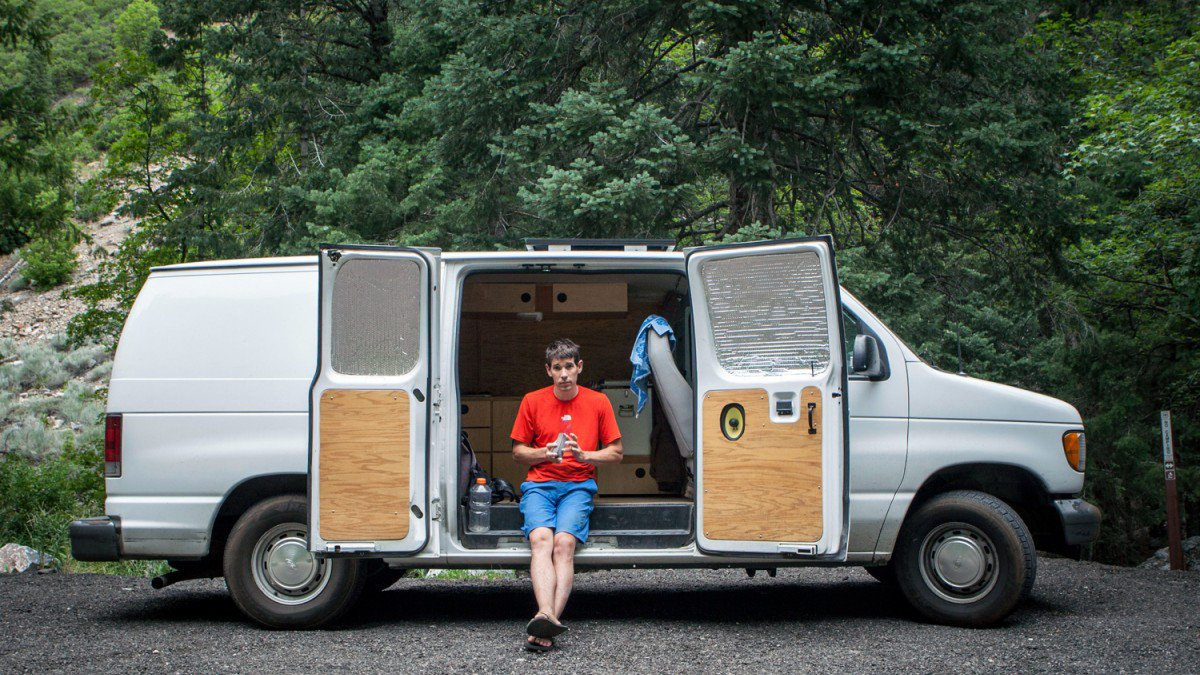 That guy. Buy a 2002 Ford Econoline and you too will freesolo crazy s*** like it's no big deal! (Image from Outside Online - click on it to see the original article.)