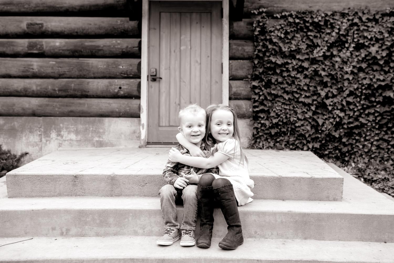 Boise family photographer | Meridian, ID lifestyle photographer | lifestyle photography | siblings