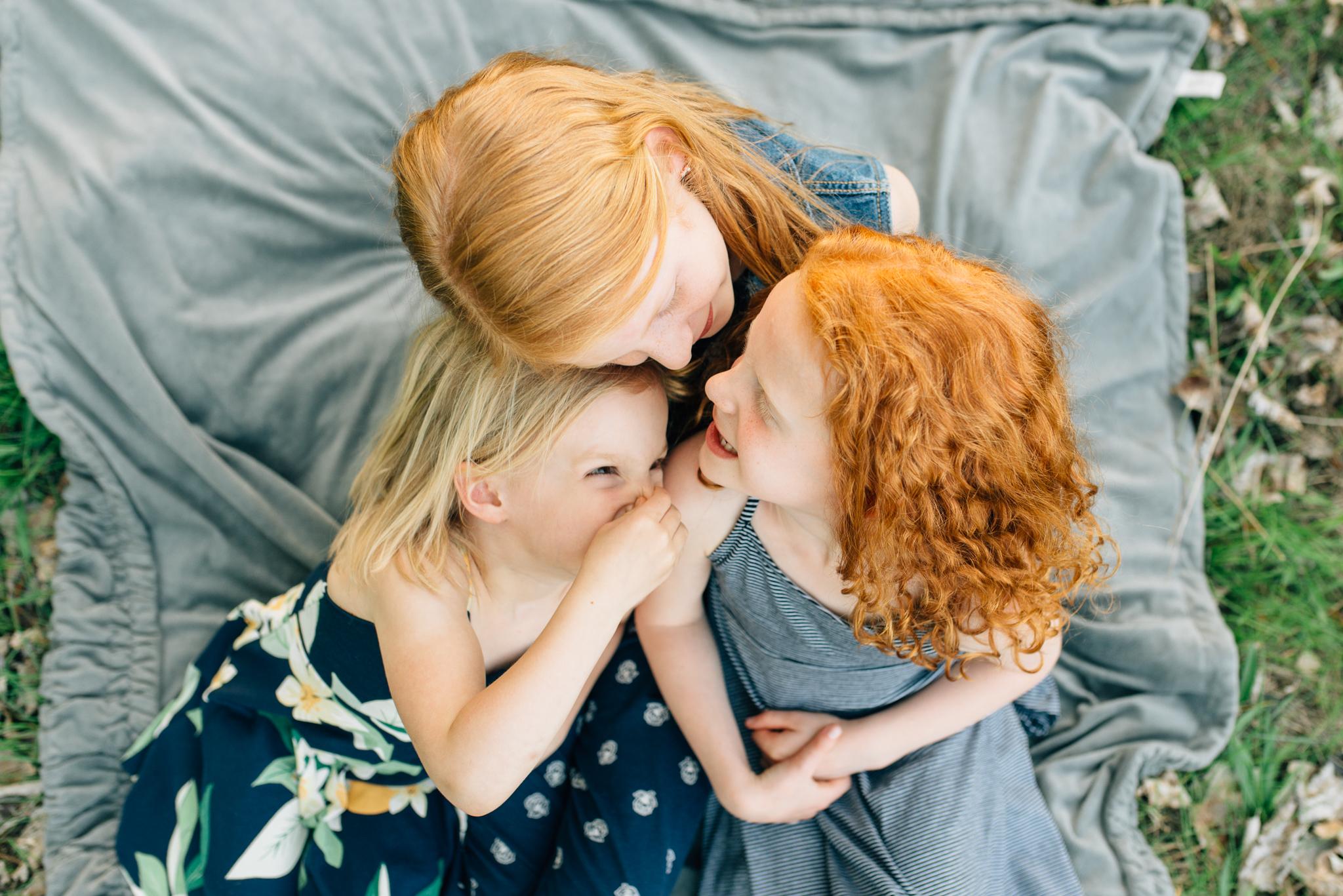 boise family lifestyle session| barber park | boise family photographer | sisters