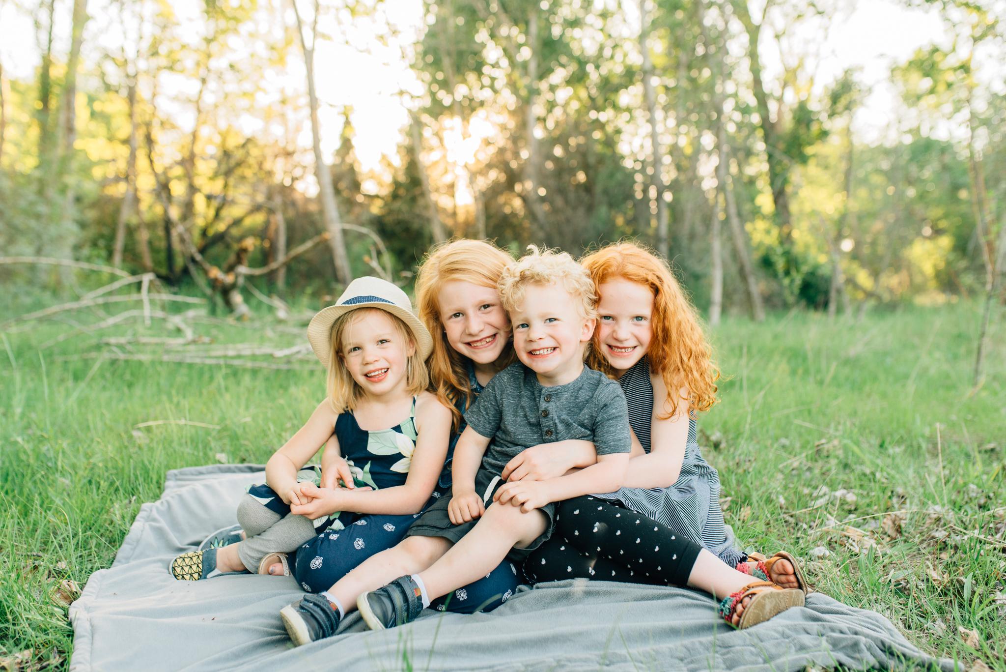 boise family lifestyle session| barber park | boise family photographer | siblings