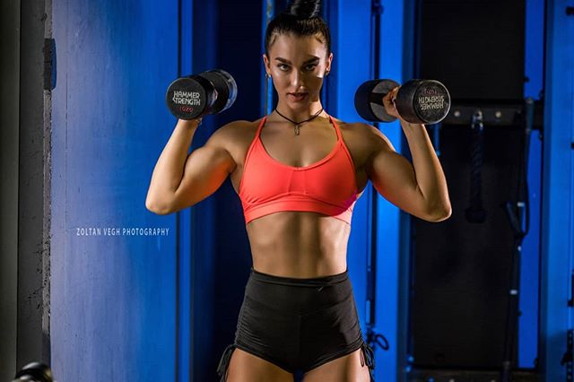 @superwoman_tati #zoltanveghphotography #stuttgart #fitnessphotography #gymshoot #girlswholift #fitnessgirls Next: #fibo2019