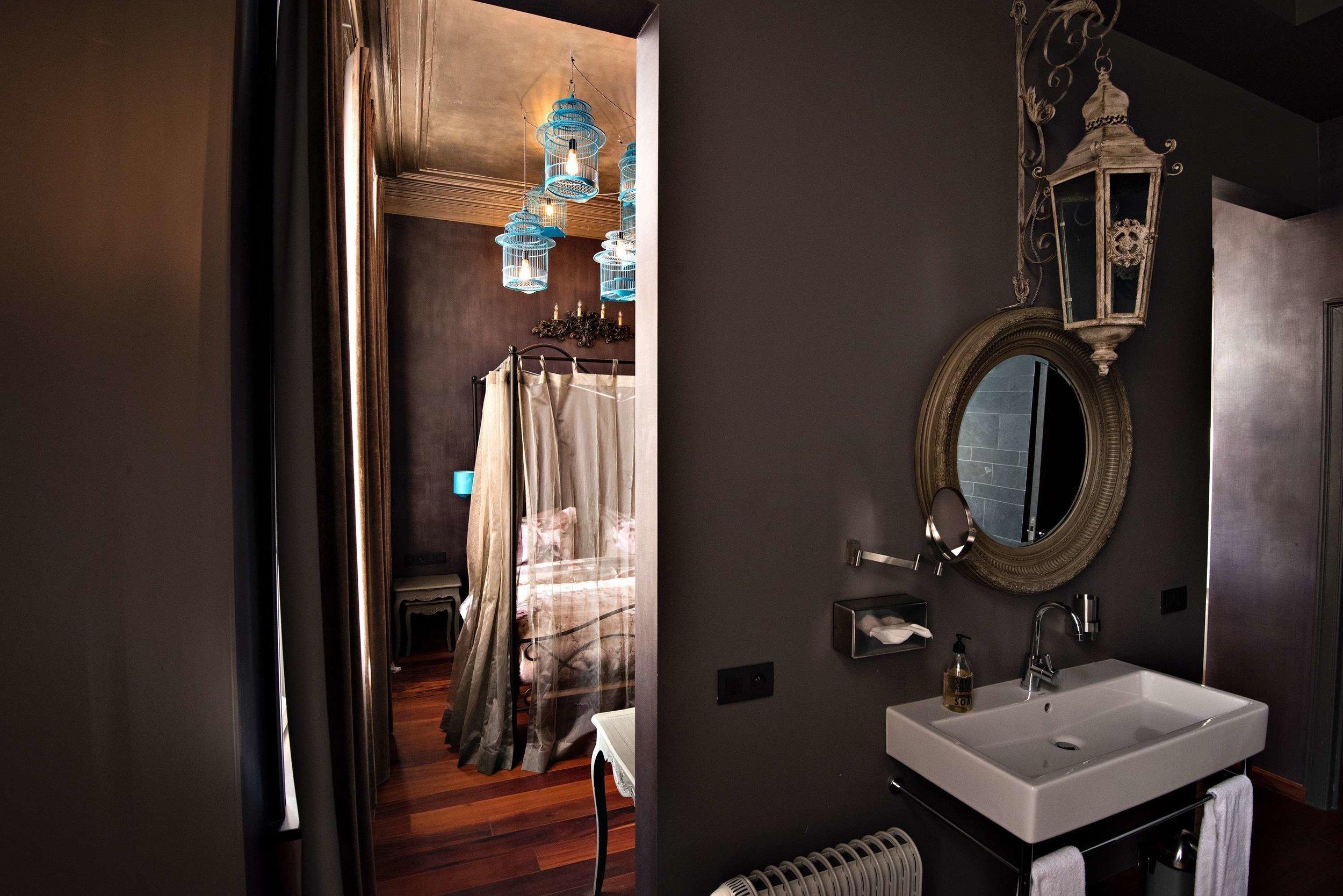 5 the glorious antwerpen bnb hotel logies tablefever bnb2nite .jpg