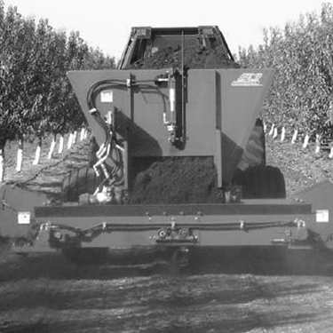Vineyard/Orchard Manure Spreader