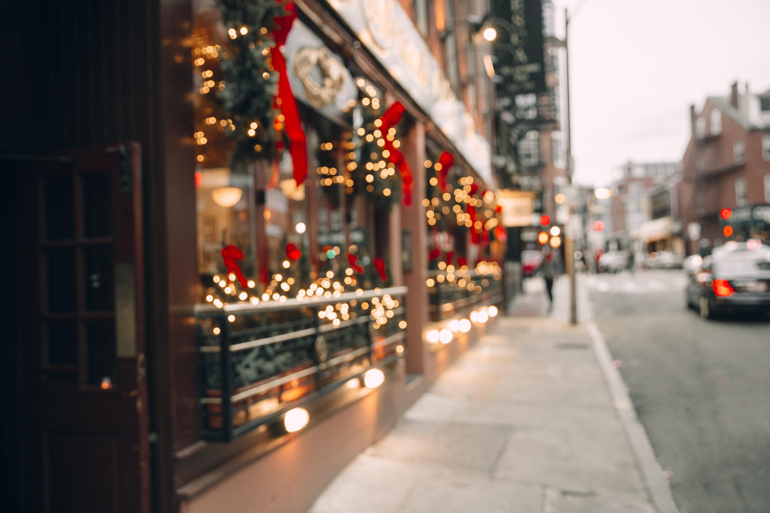 holiday_shopping.jpg