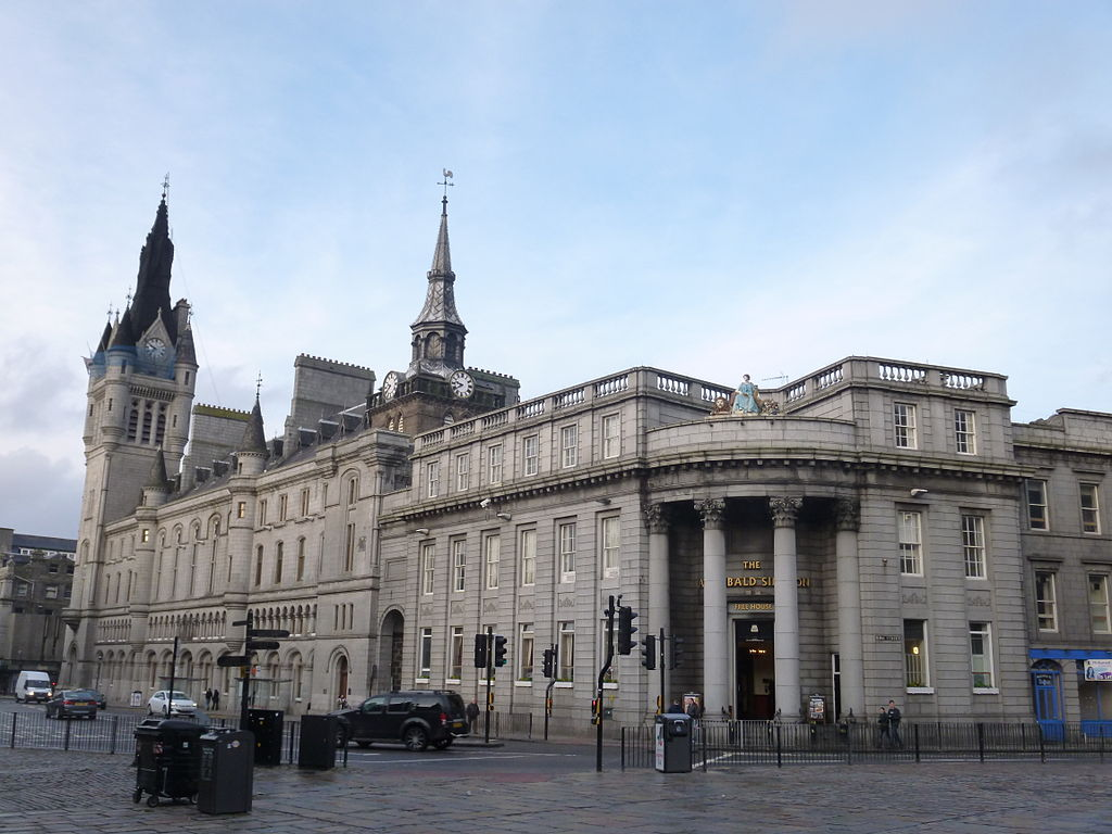 Aberdeen Sheriff Court Photo Credit:  Ragazzi99  [CC BY-SA 3.0 (https://creativecommons.org/licenses/by-sa/3.0)]