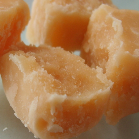 Tablet  Photo credit: Scjessey https://commons.wikimedia.org/wiki/File:Butter_tablet_fudge.jpg