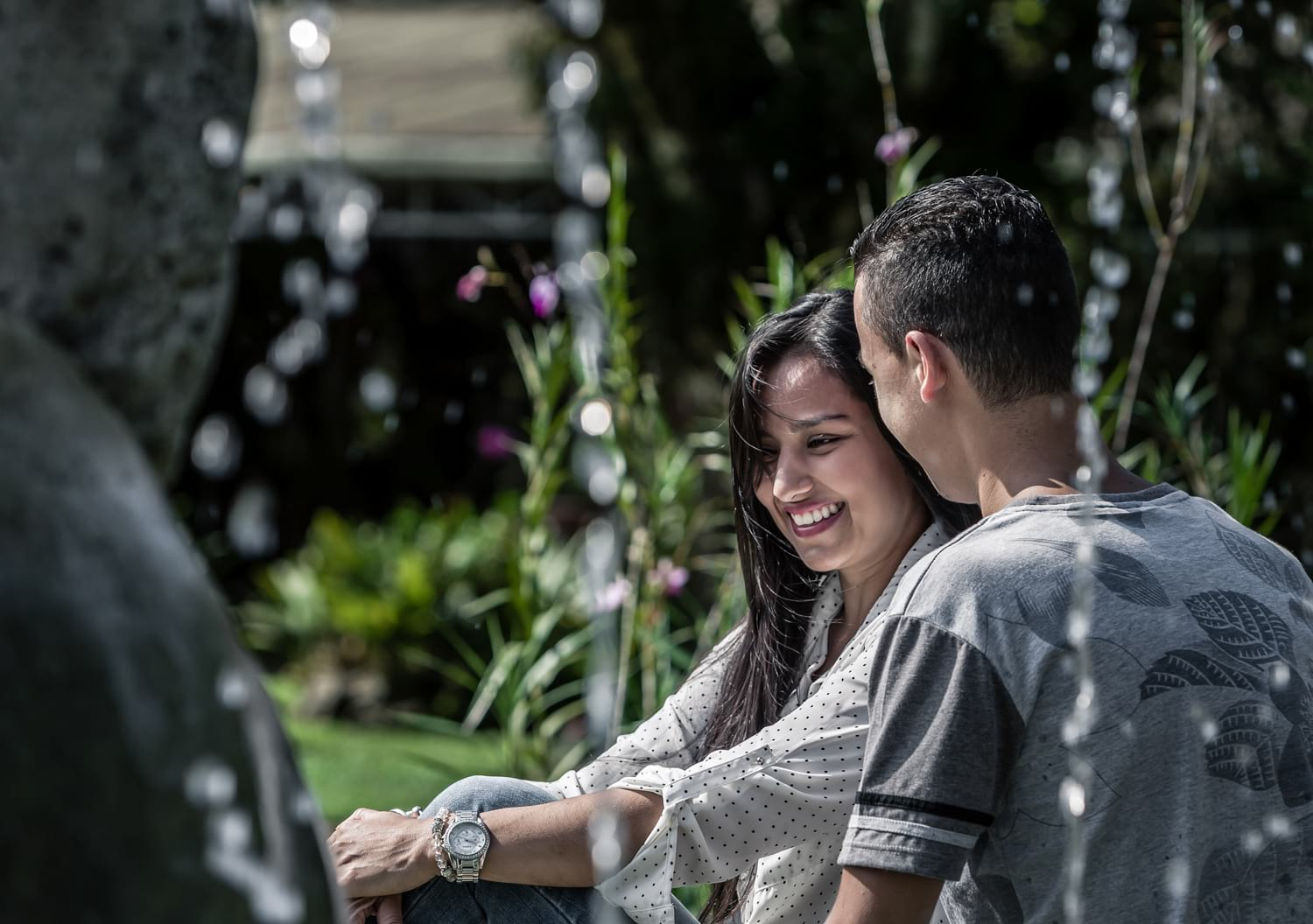 Costa Rica engagement photography session at botanical garden of lovely couple in love.