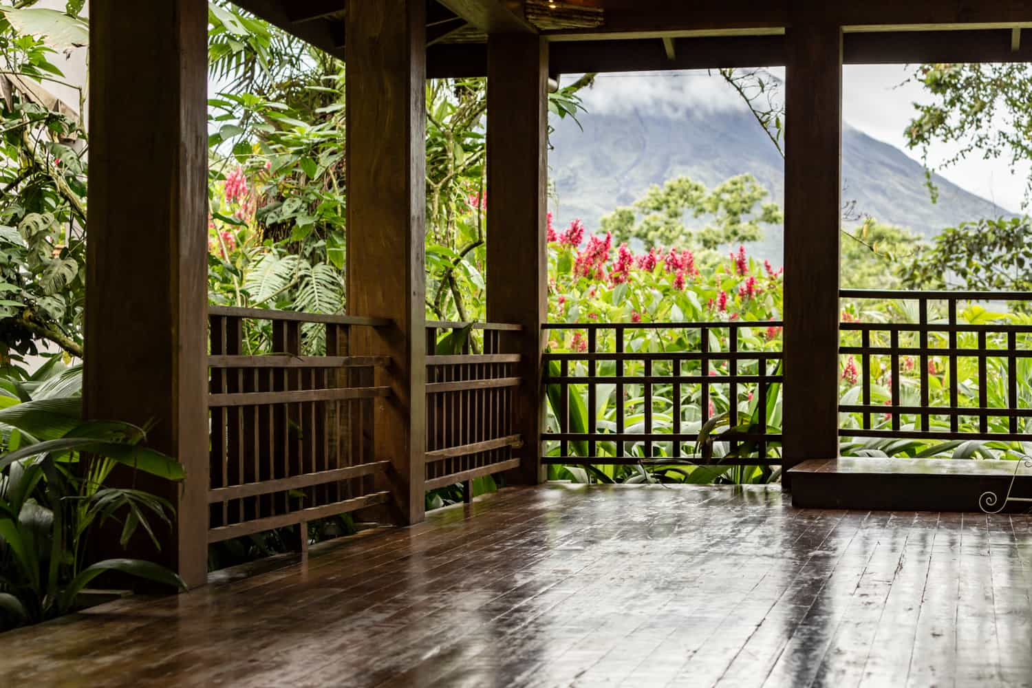 Large wood pavilion for wedding reception and ceremony in La Fortuna.