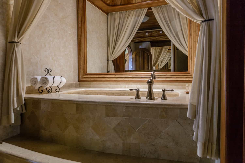 Side view of romantic jazuzzi in in honeymoon suite.