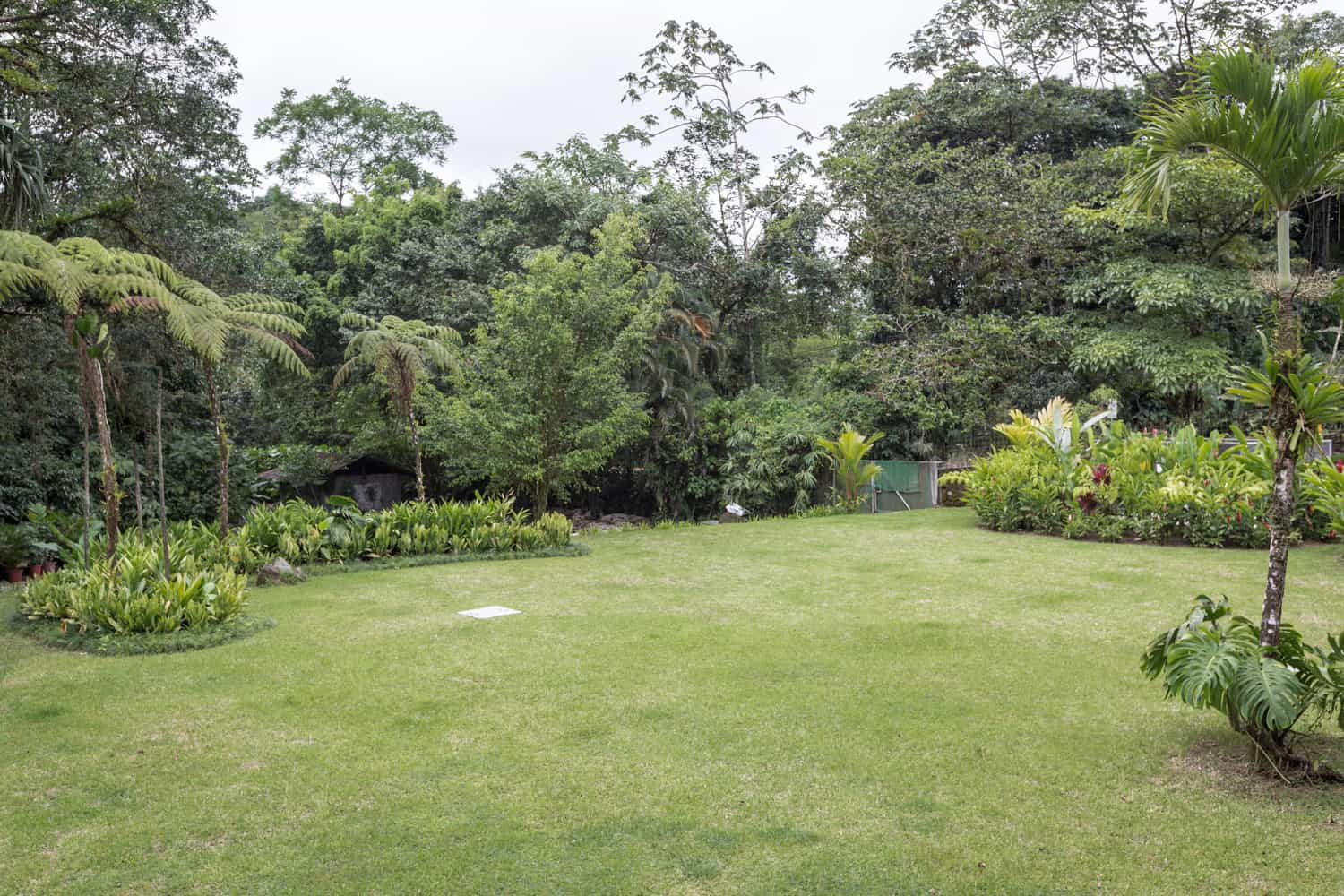 Lawn and garden site for large weddings at Tabacon Resort.