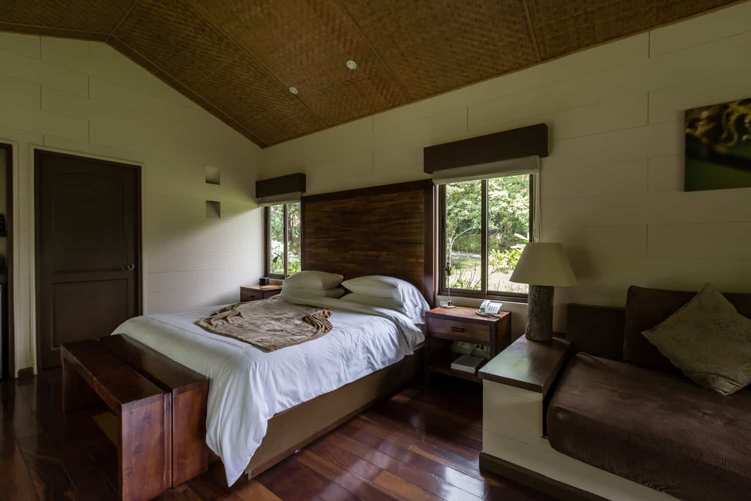 Honeymoon bed for newlyweds with view of cloudforest.