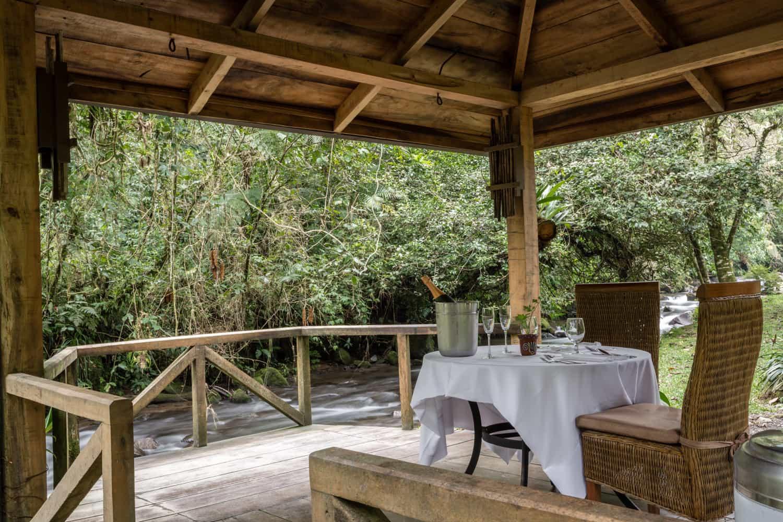 Gazebo at El Silencio Lodge in Bajos del Toro for weddings.