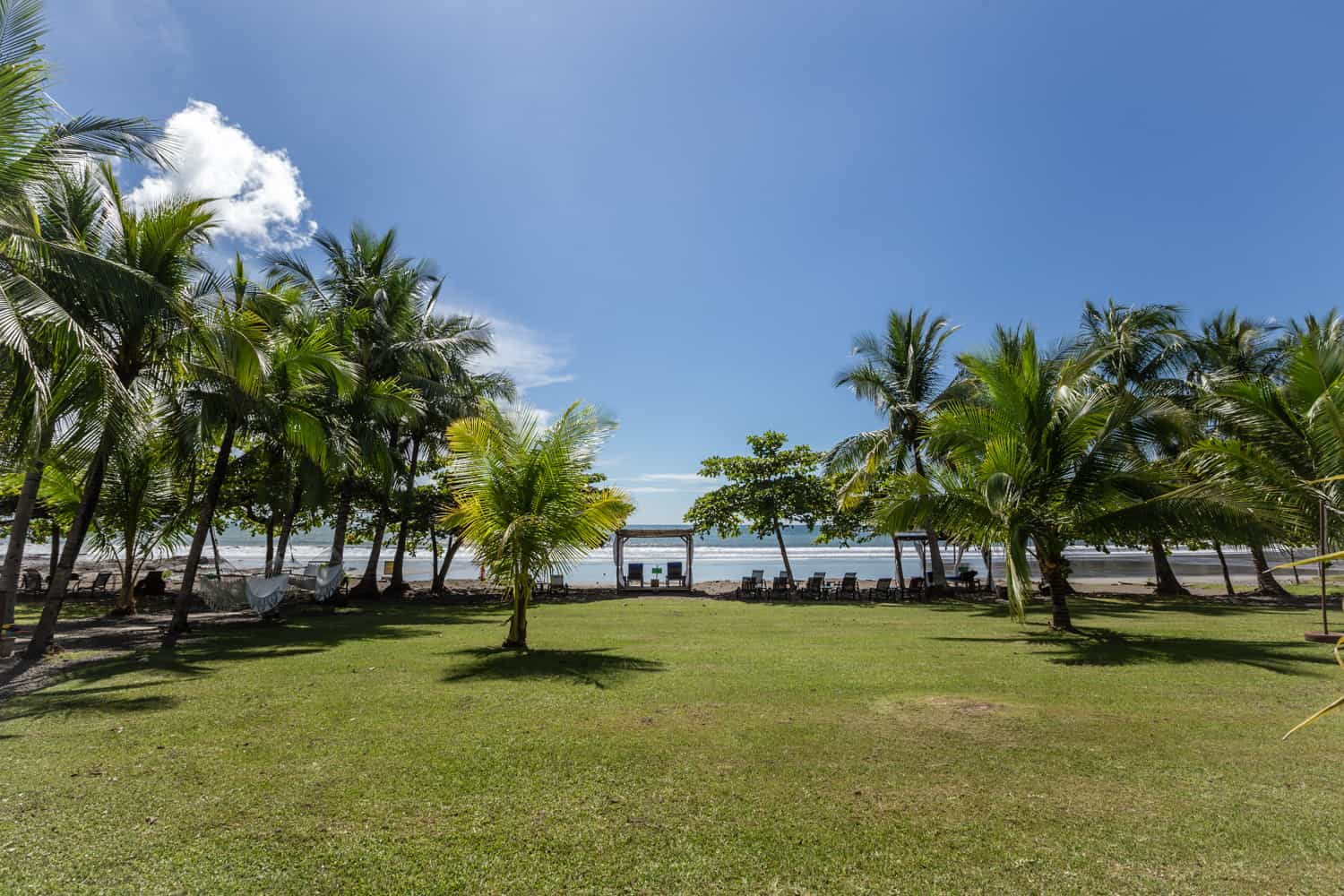 Large beachfront space for wedding ceremonies or receptions.